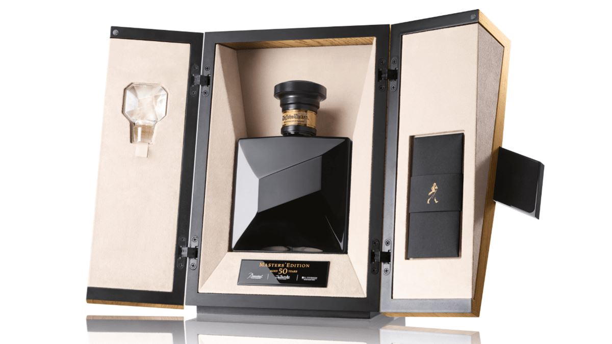 john-walker-master-s-edition-bottle-and-box-2-min.png